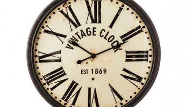horloge-en-metal-vintage-clock
